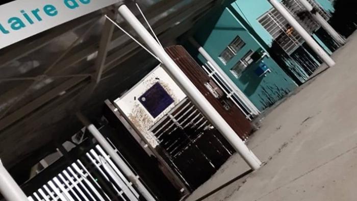 Encore des écoles vandalisées, à Baie-Mahault
